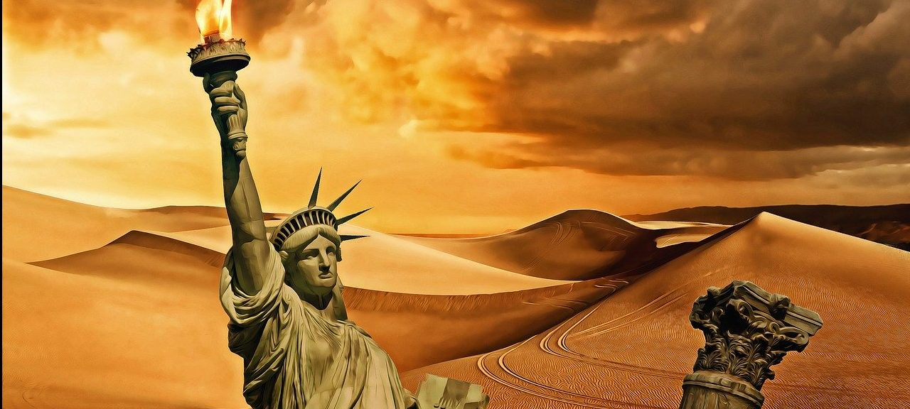 Statue_Of_Liberty_In_The_Desert
